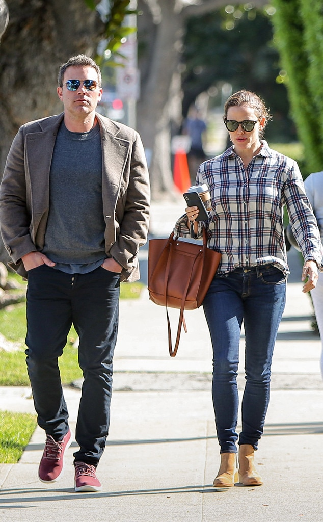 Ben Affleck & Jennifer Garner -  Friendly exes!