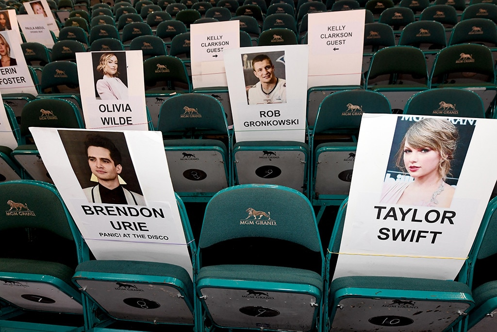 """Taylor Swift & Brendon Urie -  Though they're not in the front row, there's no need to panic. The""""ME!"""" collaborators—separated bytheir plus ones—will besitting behind Halsey and next to  Cobie Smulders  and husband  Taran Killam ."""
