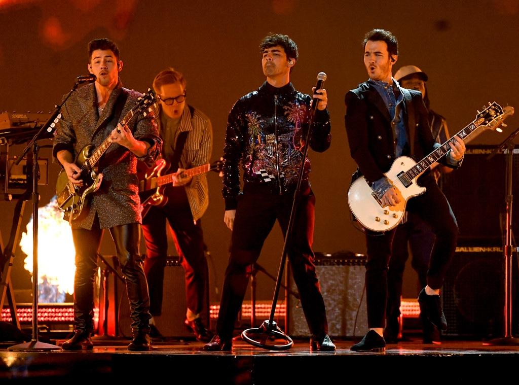 Nick Jonas, Joe Jonas, Kevin Jonas, Jonas Brothers, 2019 Billboard Music Award, Show