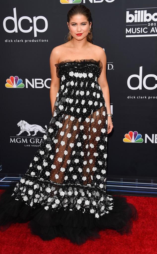 Sofia Reyes, 2019 Billboard Music Award, Red Carpet Fashions