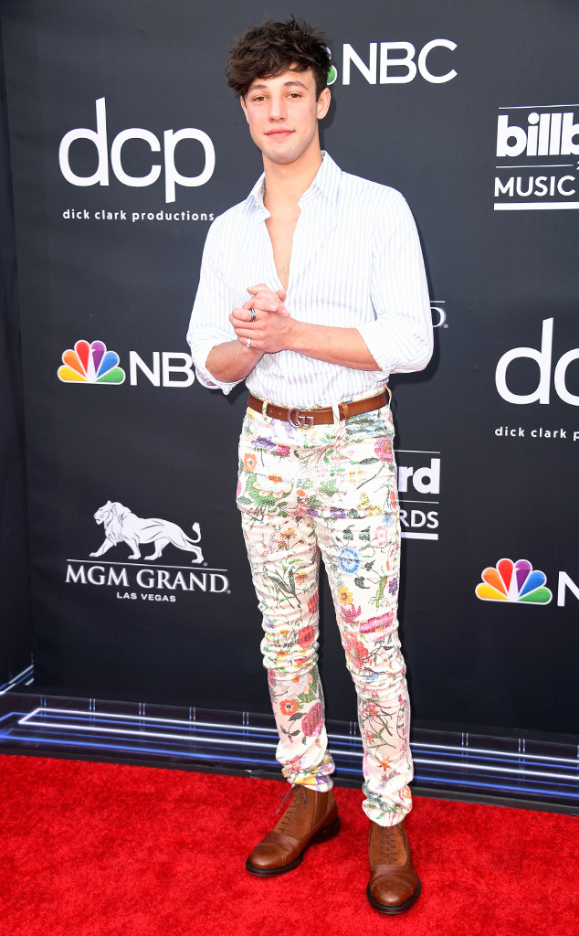 Cameron Dallas, 2019 Billboard Music Awards, Red Carpet Fashions