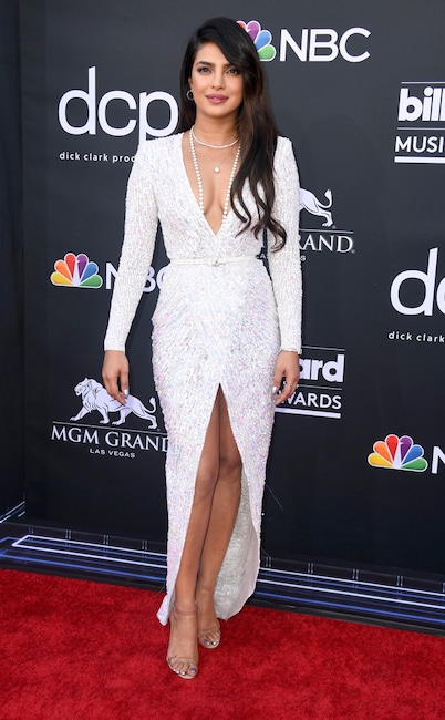 Priyanka Chopra, 2019 Billboard Music Award, Red Carpet Fashions