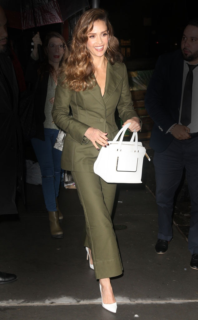Jessica Alba -  Green with envy!