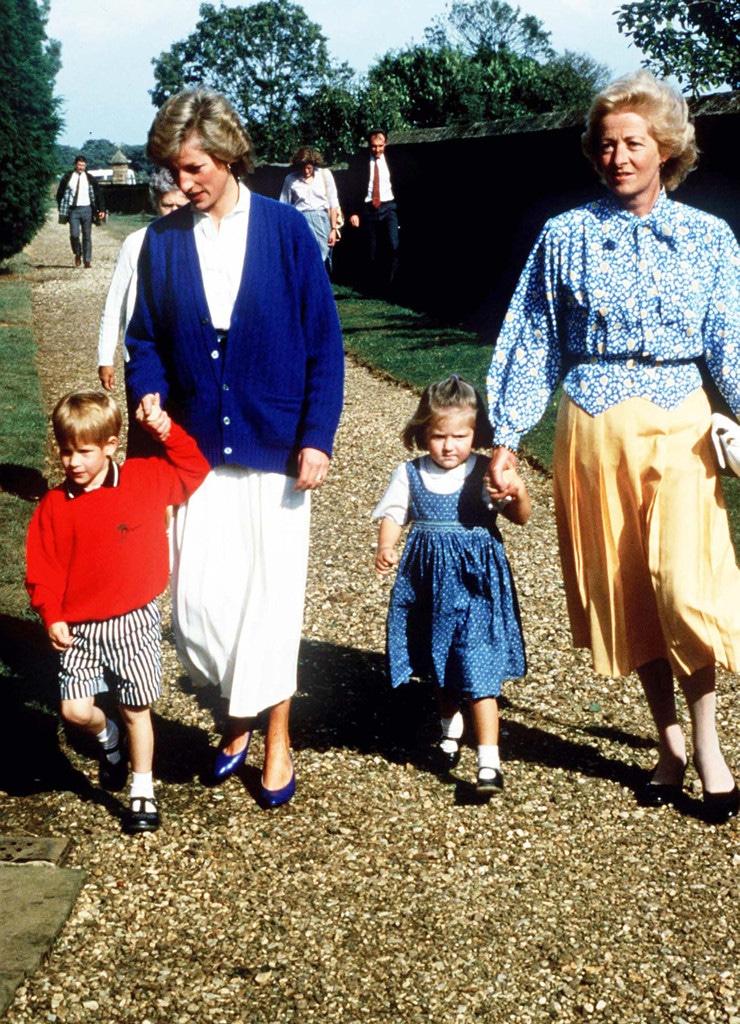 Eleanor Fellowes, Prince Harry, Princess Diana, Frances Shand-Kydd
