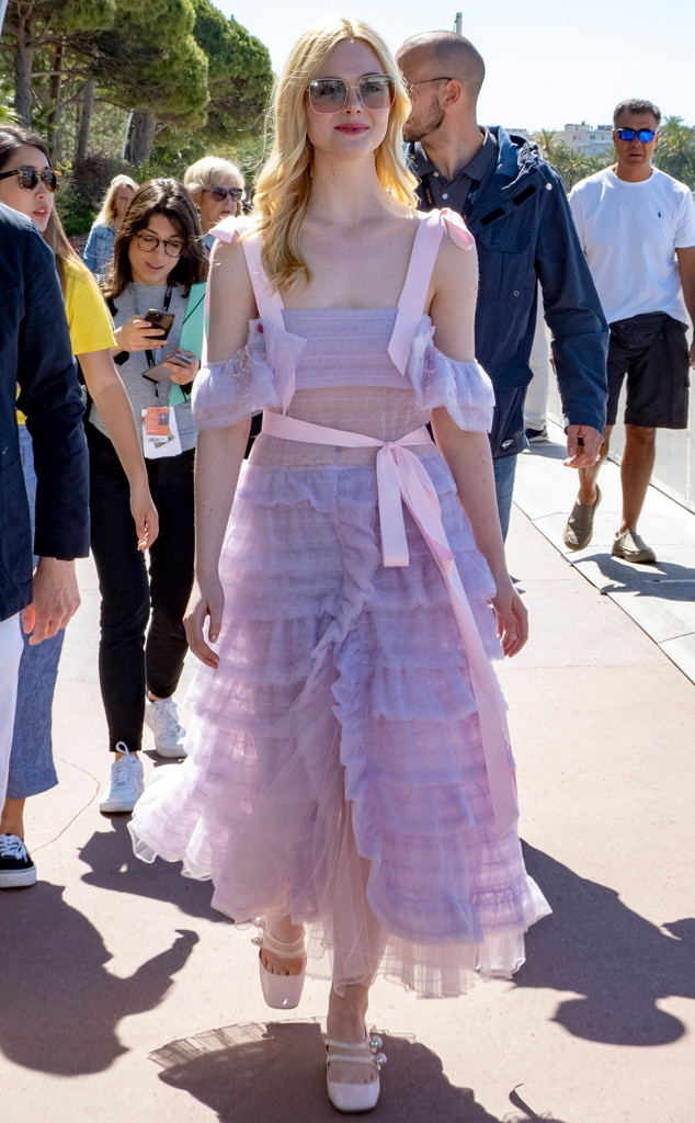 Elle Fanning -  Beauty in ruffles!