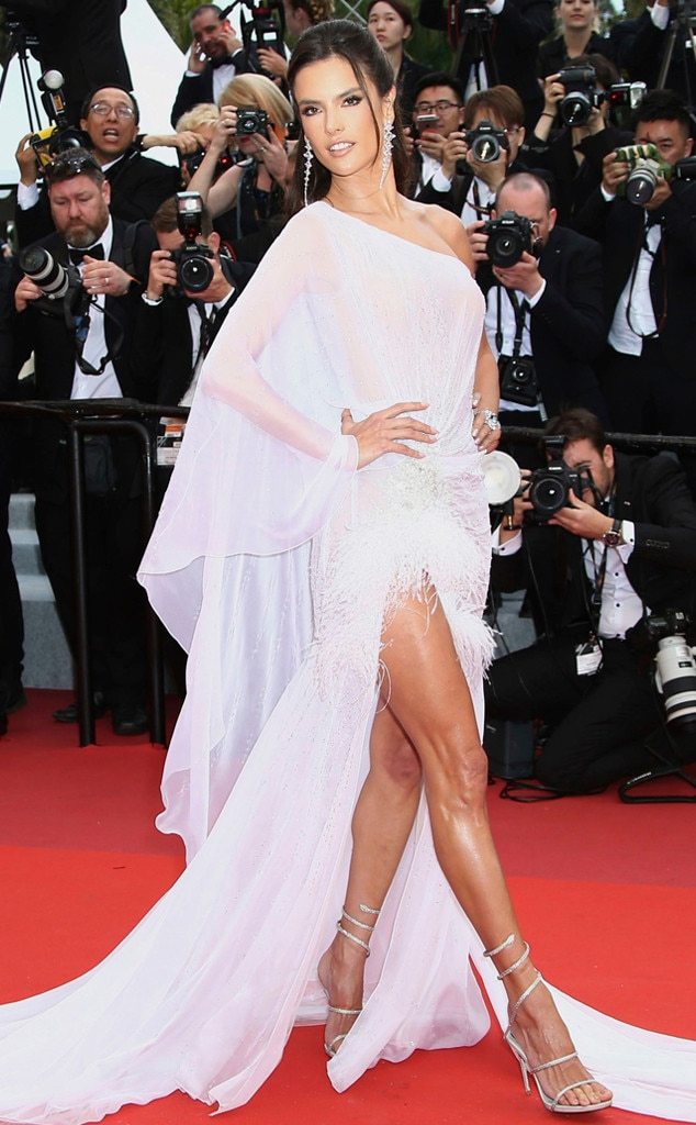 Alessandra Ambrosio -  In Ralph & Russo