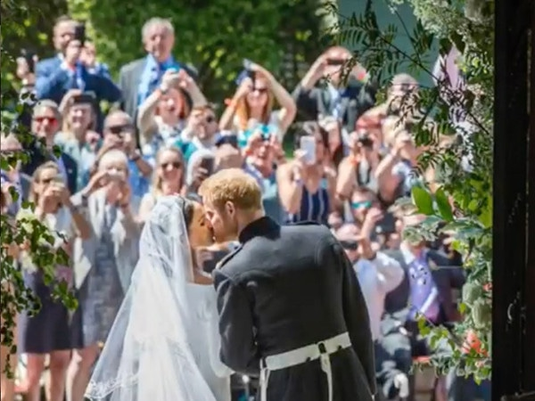 Meghan Markle and Prince Harry Share Never-Before-Seen Wedding Photos on 1-Year Anniversary