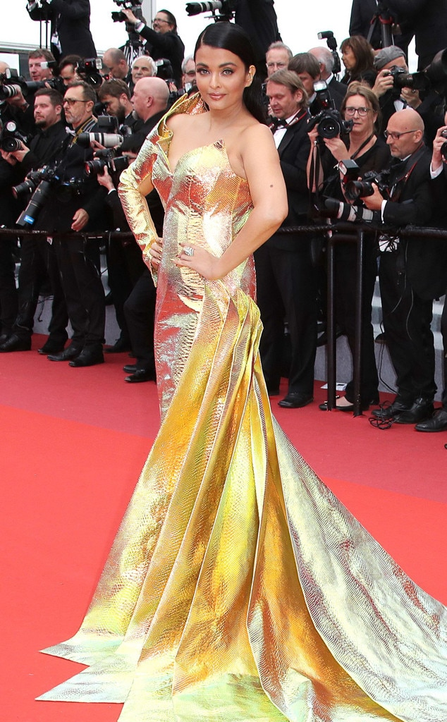 Aishwarya Rai -  The actress glitters in gold.