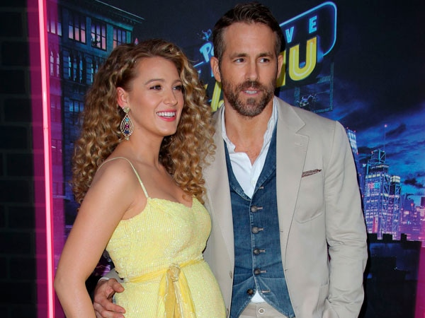 Ryan Reynolds Shares the First Photo of His and Blake Lively's Newborn Daughter