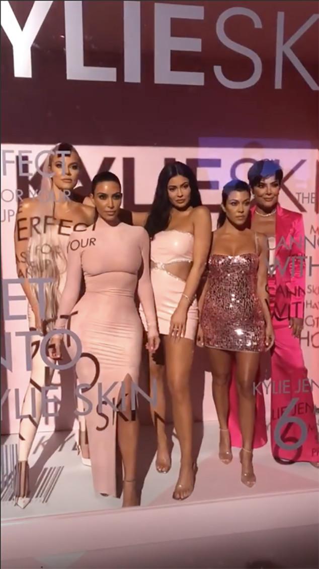 Kylie Jenner, Kim Kardashian, Kourtney Kardashian, Khloe Kardashian, Kris Jenner, KylieSkin, James Charles