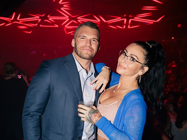JWoww's New Boyfriend Zack Has Met Her Kids: Couple Dishes on Relationship in Red Carpet Debut