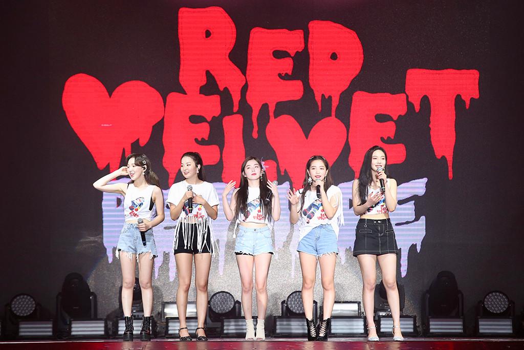 Red Velvet, Mini Skirts