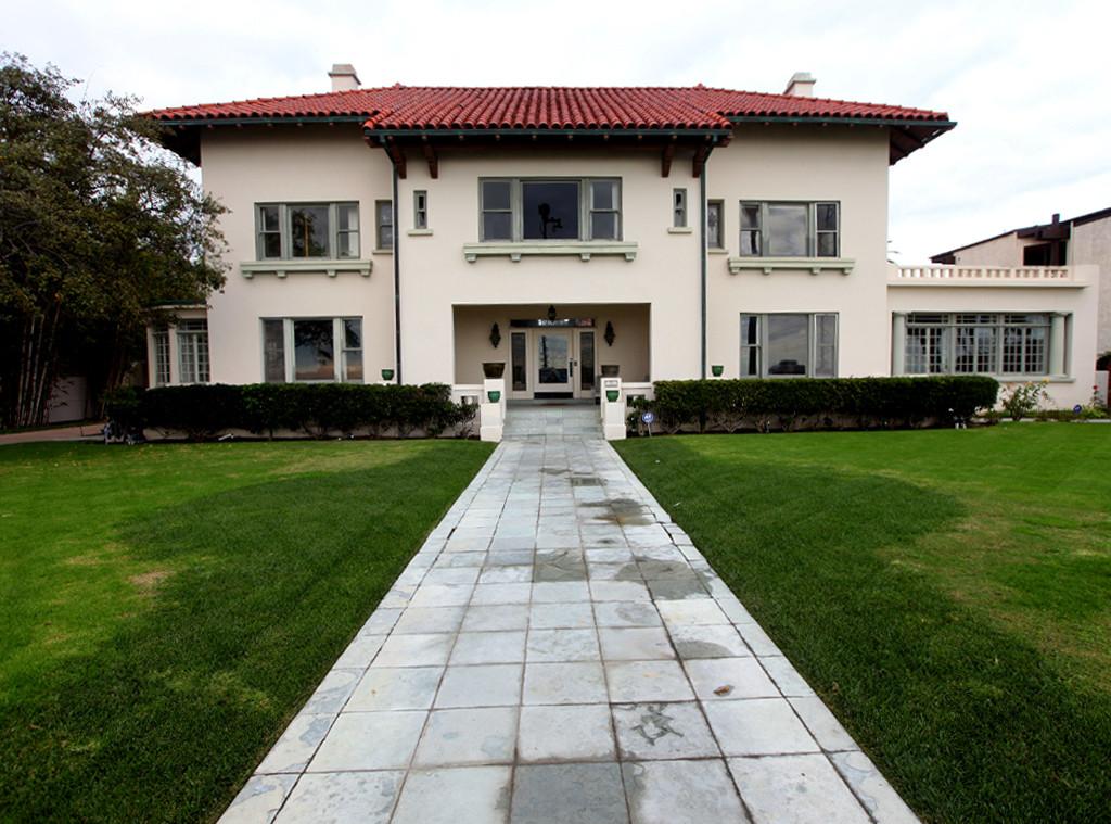 Rebecca Zahau, Mansion