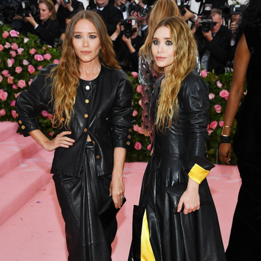 Every Time Mary-Kate and Ashley Olsen Won the Red Carpet