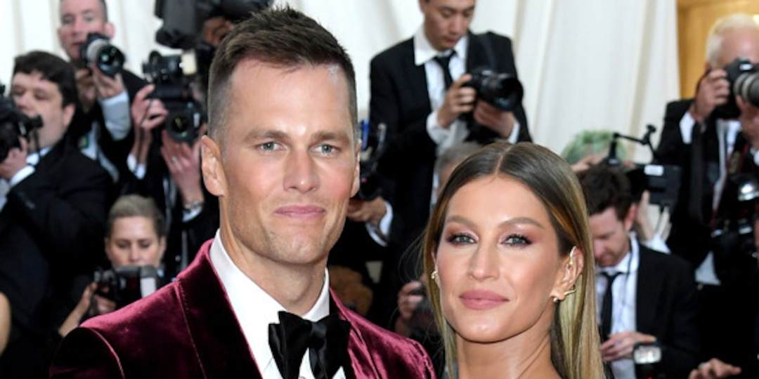 See Tom Brady and Gisele Bündchen's Sweet 12th Anniversary Tributes to Each Other - E! Online.jpg