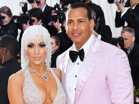 Jennifer Lopez Dishes on How Her Wedding to Alex Rodriguez Will Be Different Than Her Past 3