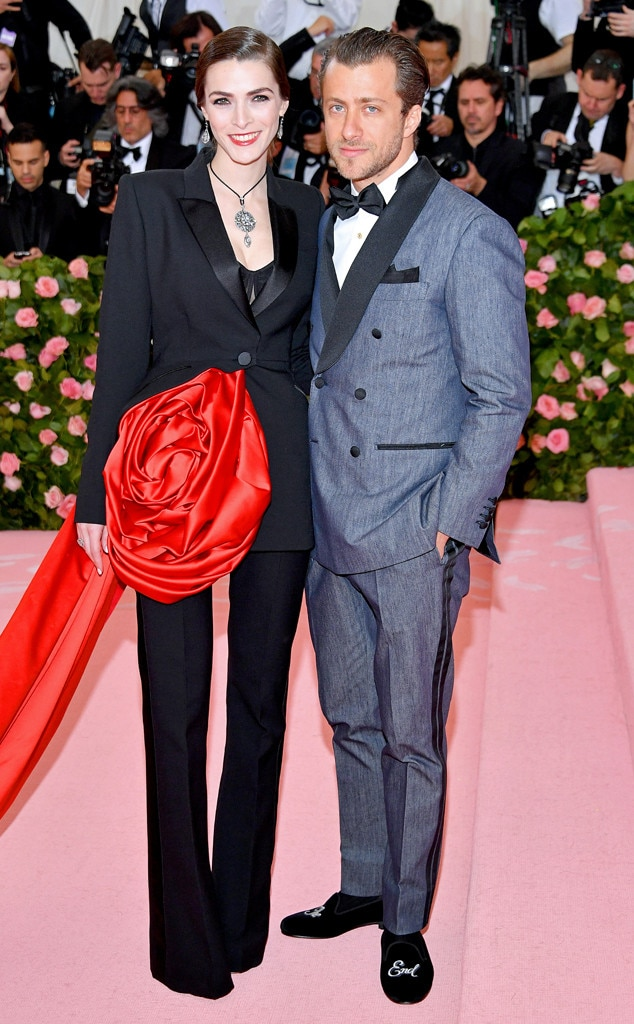 Bee Shaffer & Francesco Carrozzini - Anna Wintour 's daughter and son-in-law step out for fashion's biggest night.