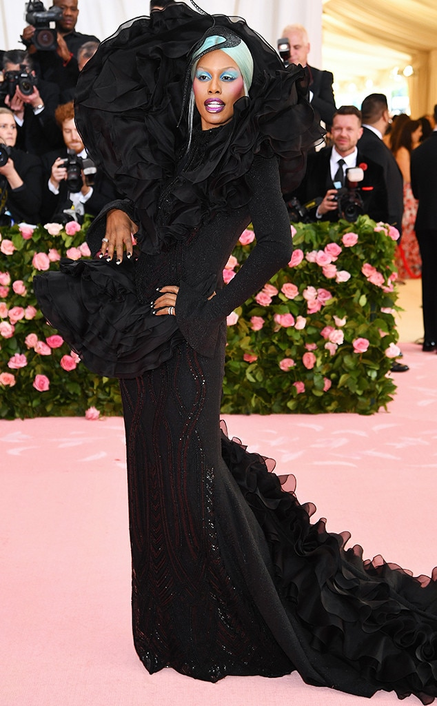 Laverne Cox - Laverne Cox  turned heads on the carpet in a gorgeous Christian Siriano black, dramatic gown.