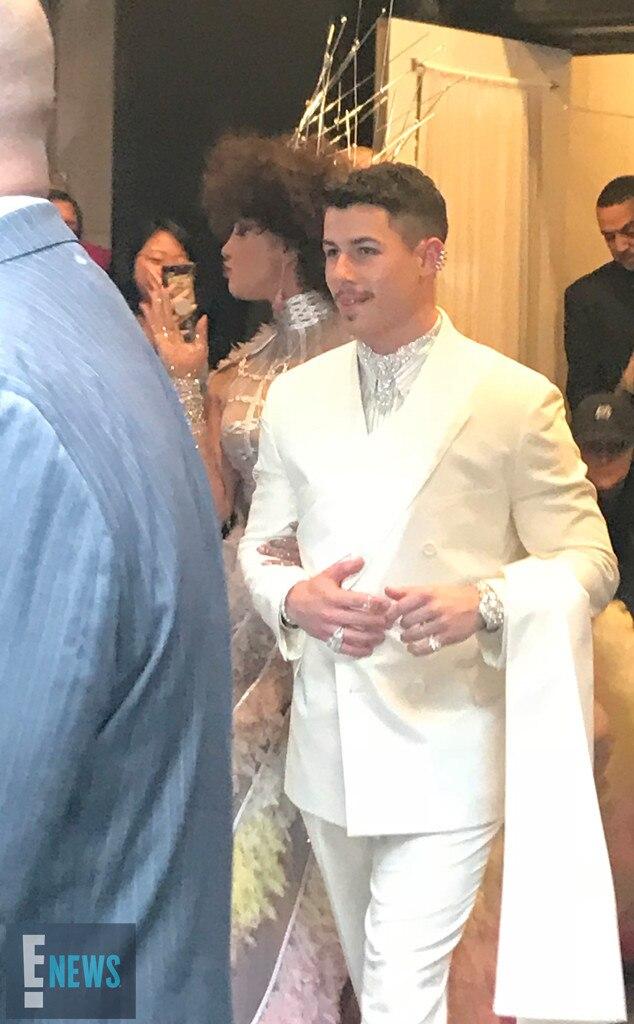 Priyanka Chopra & Nick Jonas -  The couple is spotted on their way to the fashion event.