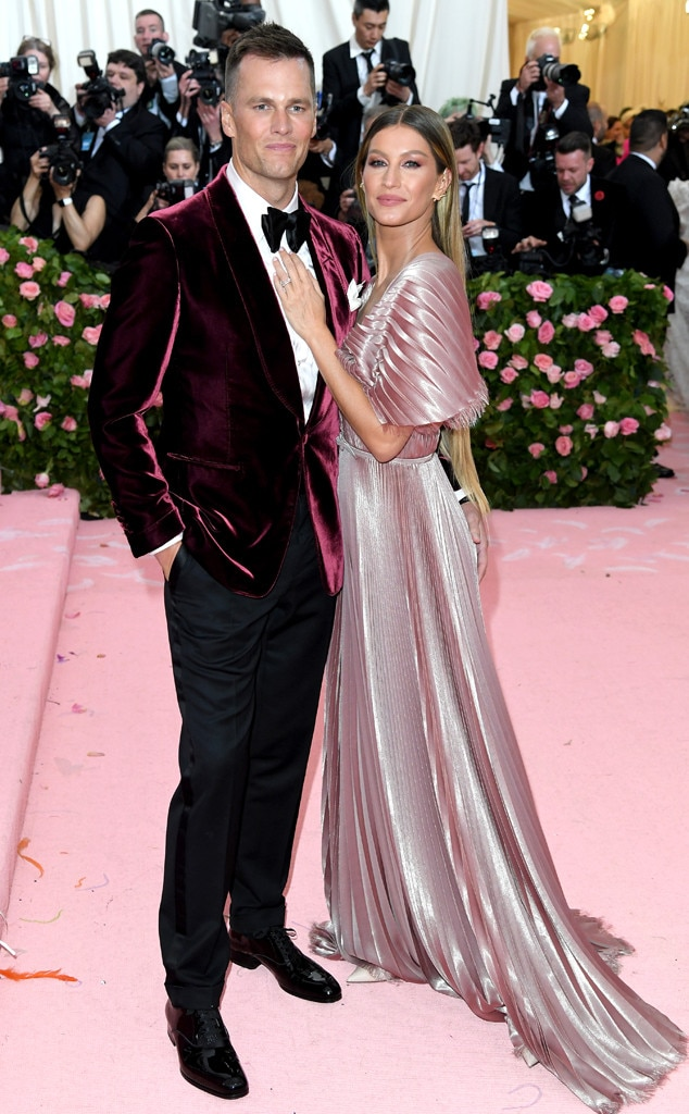 Tom Brady & Gisele Bündchen -  The powerhouse pair are twinning with the event's pink carpet.