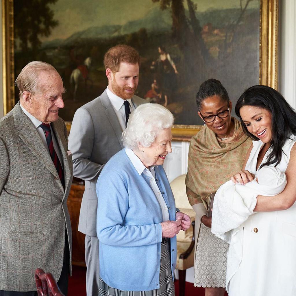 Archie Harrison Mountbatten-Windsor, Meghan Markle, Prince Harry, Queen Elizabeth