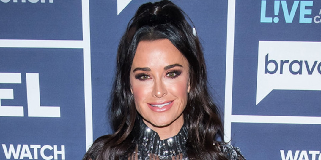 """Find Out Which Halloween Kills Star Had a """"Crush"""" on Kyle Richards - E! Online.jpg"""