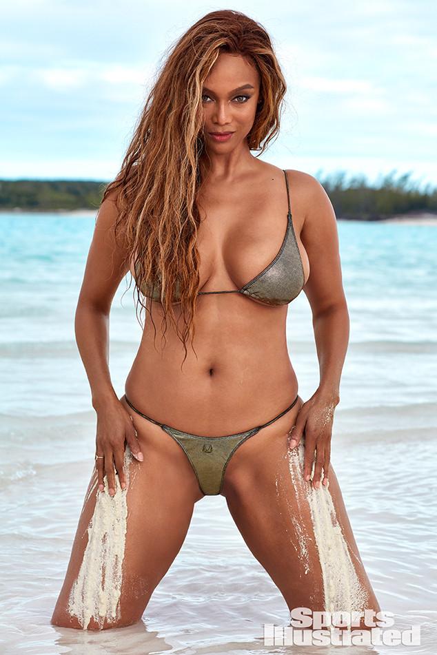 tyra illustrated banks swimsuit sports si bikini issue cover photoshoot modeling swim bathing sport shoot suits ice cream beach celebrity