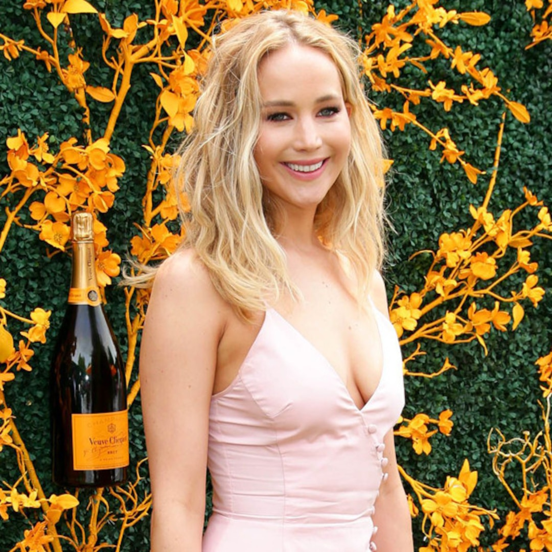 These Jennifer Lawrence Facts From 10 Things You Don't Know Seem Too Wild to Be True - E! NEWS
