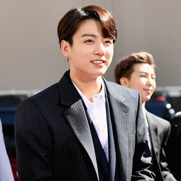 ARMY Is Freaking Out Because BTS' Jungkook Just Broke A Twitter Record