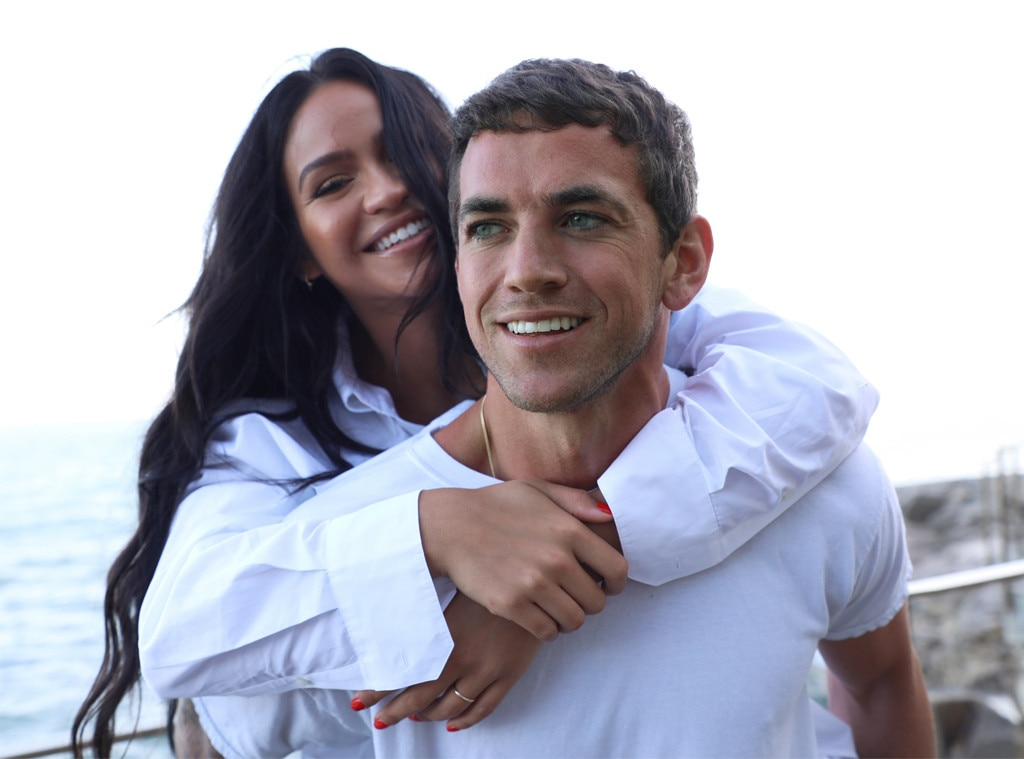 Pregnant Cassie Is Engaged to Alex Fine: Inside the Romantic Proposal
