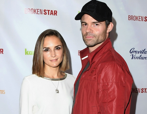 Rachael Leigh Cook & Daniel Gillies Split After 15 Years of Marriage - E! NEWS thumbnail