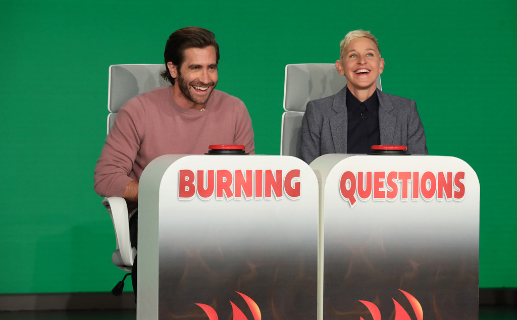 Watch Jake Gyllenhaal Get Totally Flustered Trying to Answer This Personal Question