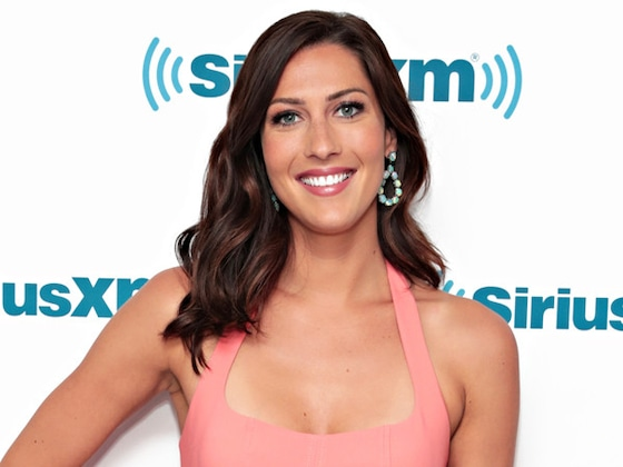 Becca Kufrin Wants Bachelor Nations Help in Getting Rid of Arie Luyendyk Jr. Engagement Dress