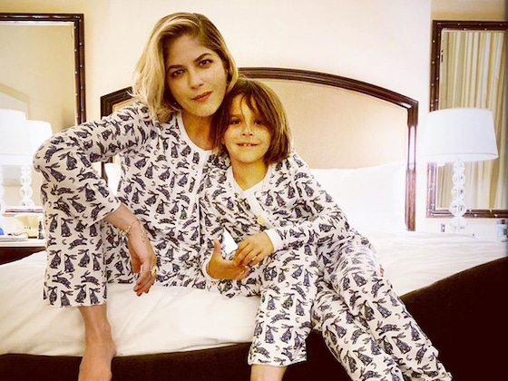 Selma Blair Shaves Her Head With the Help of Her 7-Year-Old Son