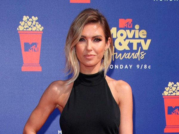 MTV Movie & TV Awards 2019 Red Carpet Fashion: See Every Look as the Stars Arrive