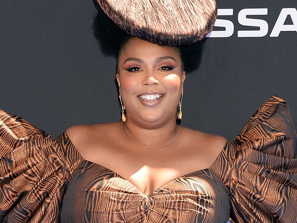 Lizzo's Hairstylist Breaks Down the Details Behind Her Epic Headpiece at the 2019 BET Awards