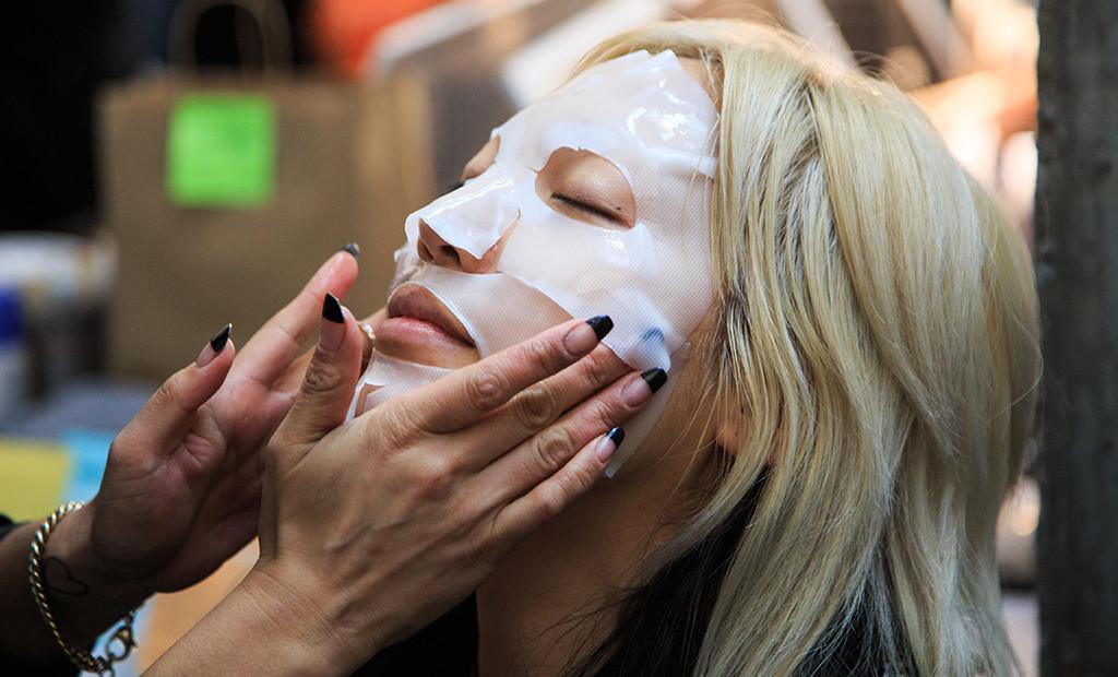 Park Soo-Joo, Sheet Mask
