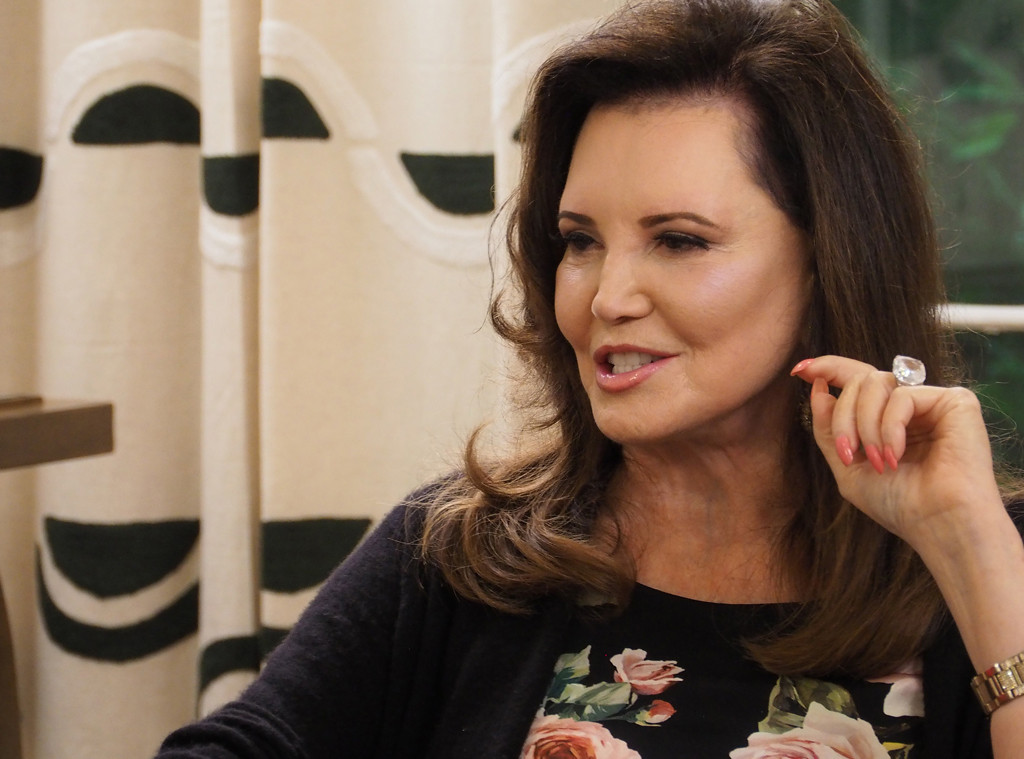 Watch Southern Charm's Patricia Altschul Take Her First Shot (Ever?!) at a Classy Dinner