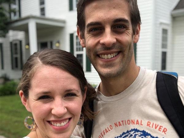 Jill Duggar and Derick Dillard Celebrate 5th Wedding Anniversary Studying Kama Sutra