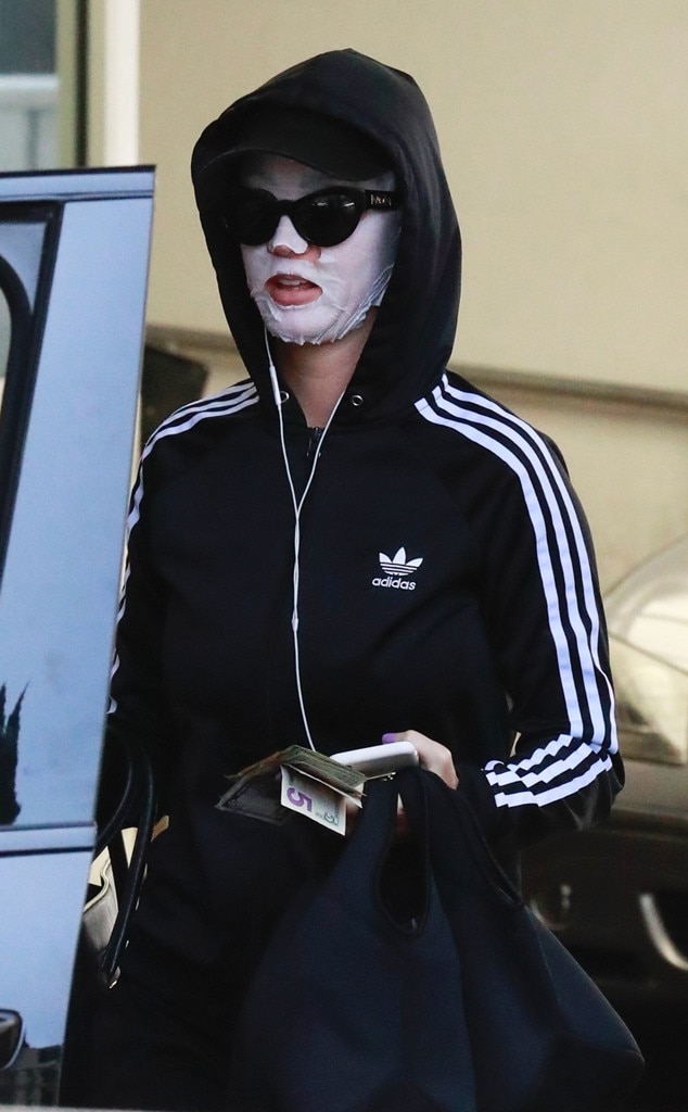 Katy Perry, Hiding from Paparazzi, Sheet Mask