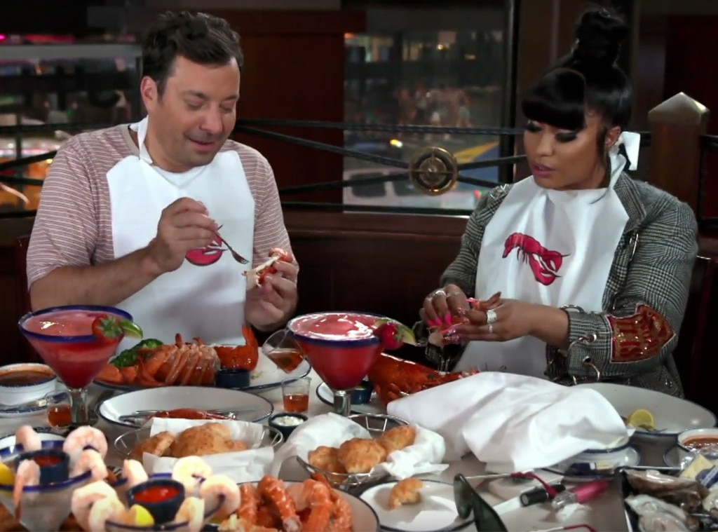 Watch Nicki Minaj & Jimmy Fallon's Hilarious Red Lobster Dinner Date