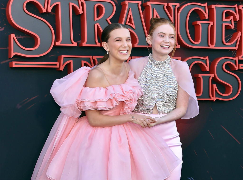 Millie Bobby Brown, Sadie Sink, Stranger Things Season 3 premiere