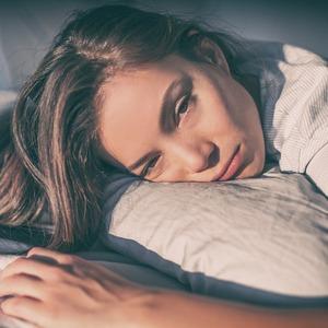 Mujer cansada, Tired woman