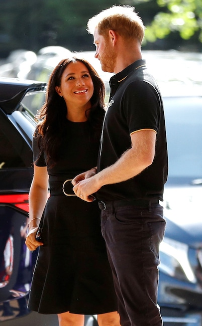 HRH Prince Harry - HRH Meghan Markle - Discussion  - Page 30 Rs_634x1024-190629102241-634-meghan-markle-prince-harry-33.cm.629191