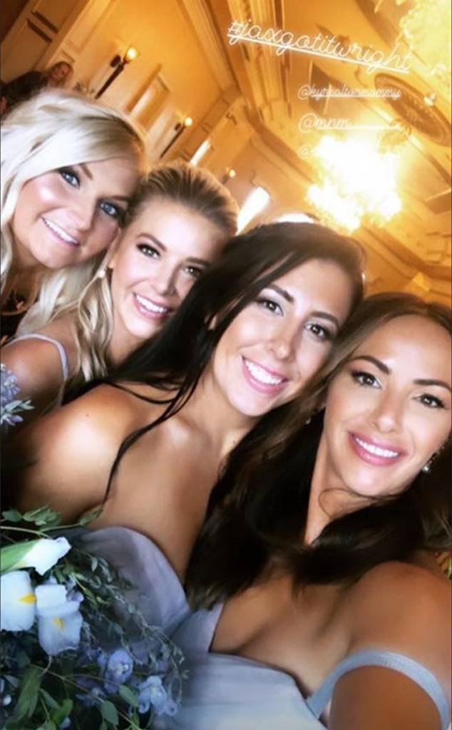 Selfie Queens -  Oh, snap!