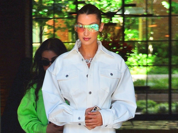 Bella Hadid Apologizes For Spreading ''Hate'' About the Middle East In a Major ''Misunderstanding''