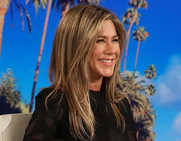 Jennifer Aniston Says She And Rest Of 'Friends' Cast Are Open To Reunion