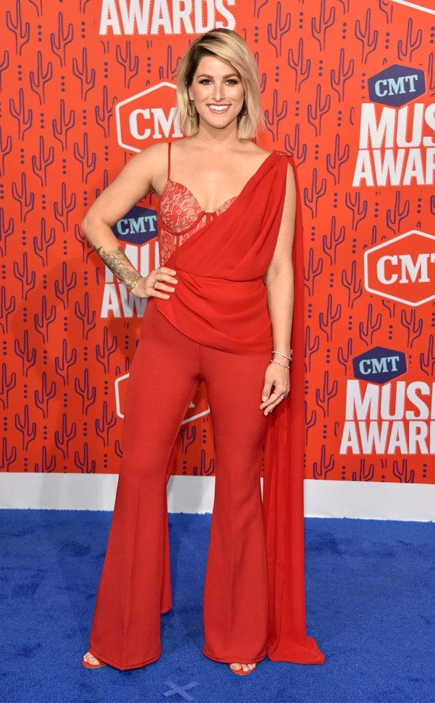 Cassadee Pope, 2019 CMT Music Awards