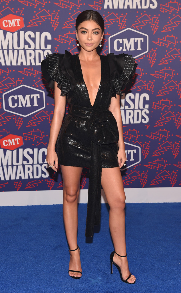 Sarah Hyland, 2019 CMT Music Awards