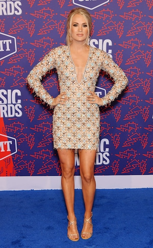 Carrie Underwood, 2019 CMT Music Awards